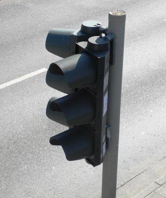 Ett trafikljus från ovan. När såg du det senast?