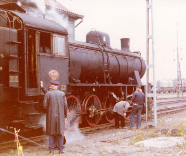 Gb 95 strax innan avgång från malmbangården, som då var i full drift.